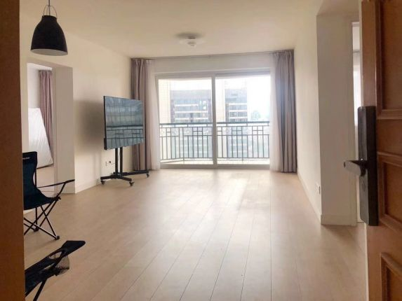 3br/IAPM&s.shanxi rd station/balcony/floor heating/30k