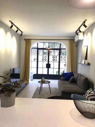 Modern 1br with outdoor space nr jiaotong uni