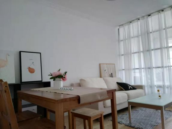 2Br on Changde rd close to Changping rd L7
