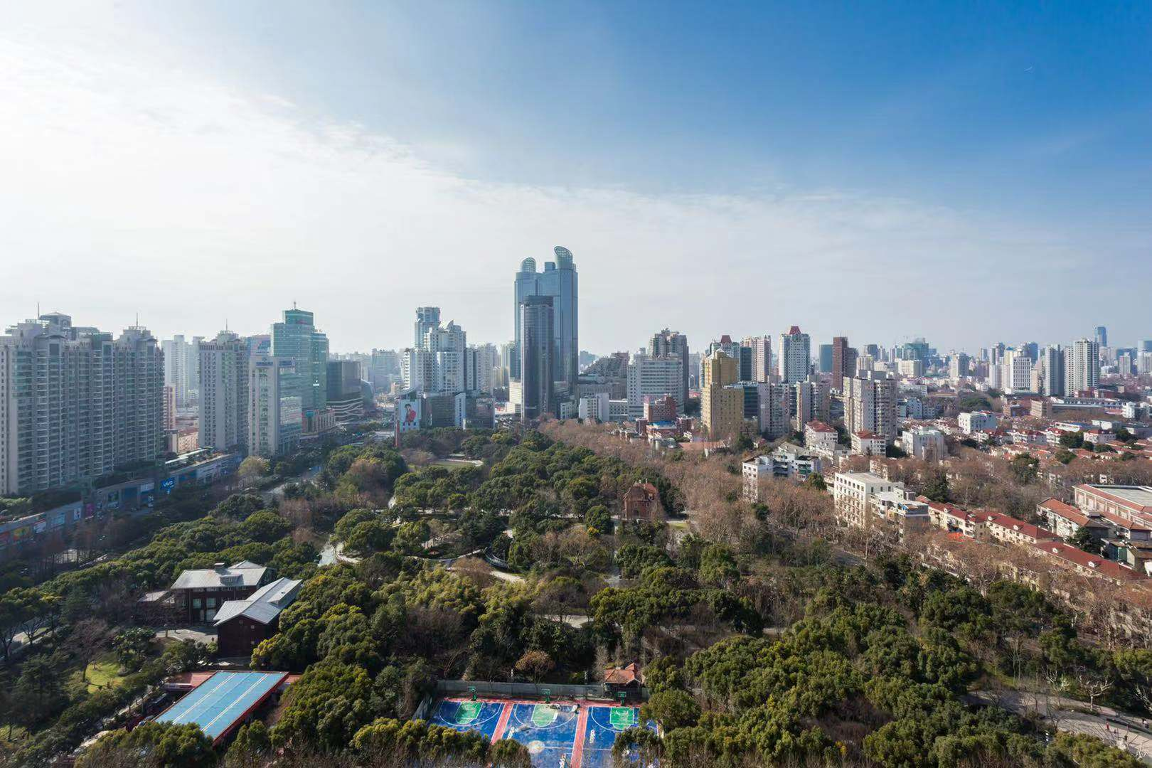 High floor with nice view near Hengshan road line 1/Xujiahui park