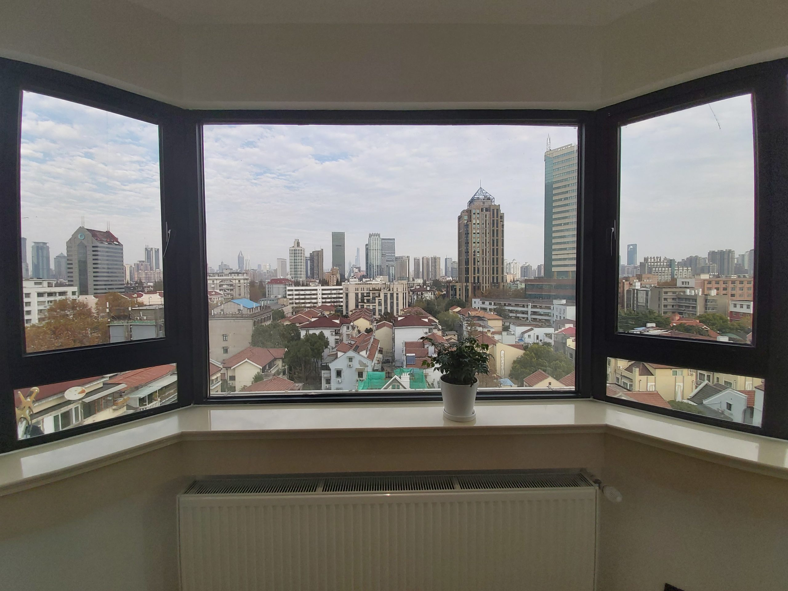 1br with elevator near Changshu Rd L7/1 with Super nice open view
