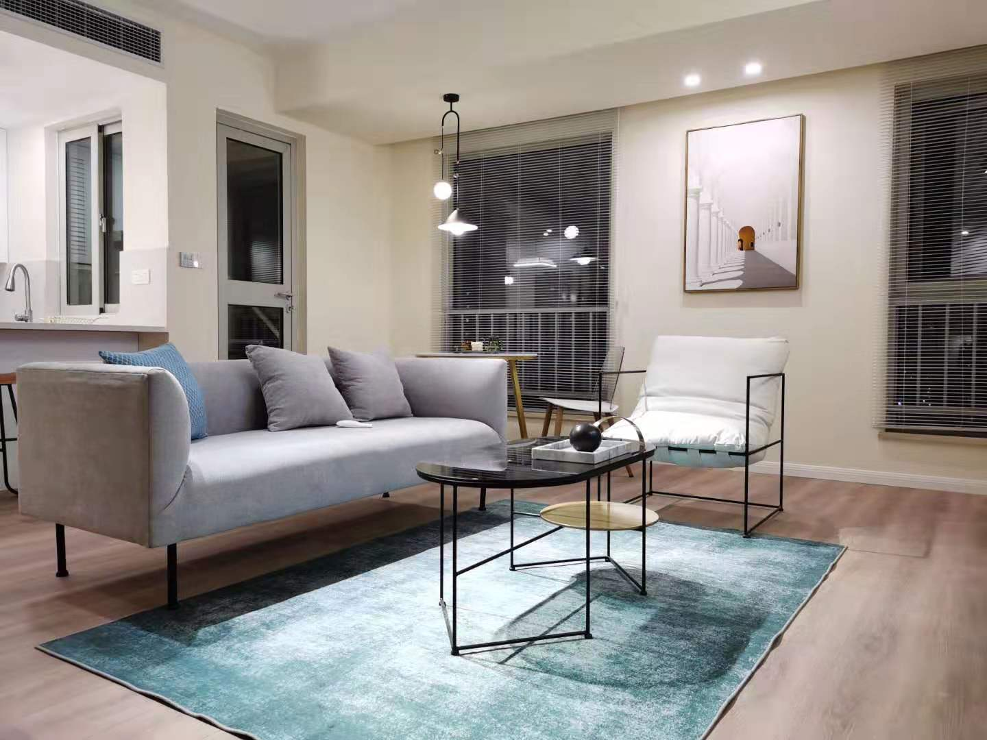 Newly 1br in new building Near West nanjing Rd