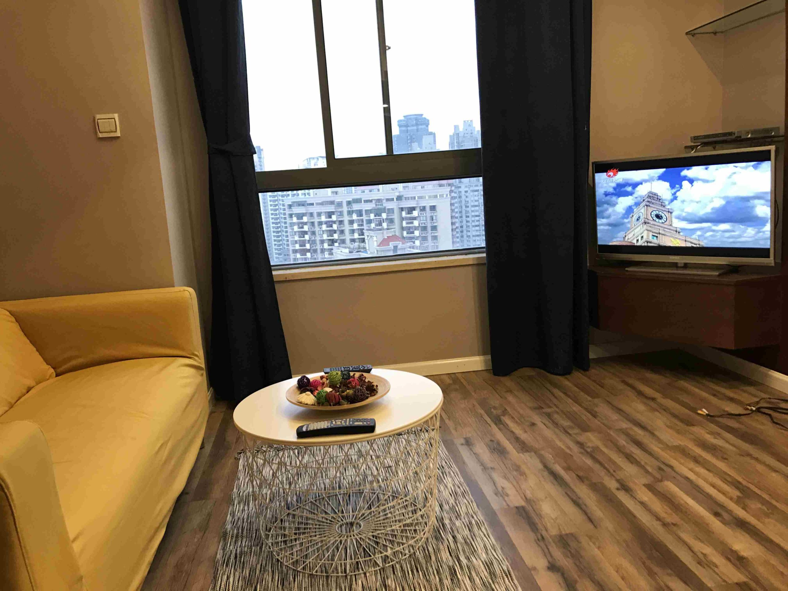 1br with Elevator in Jingan New building