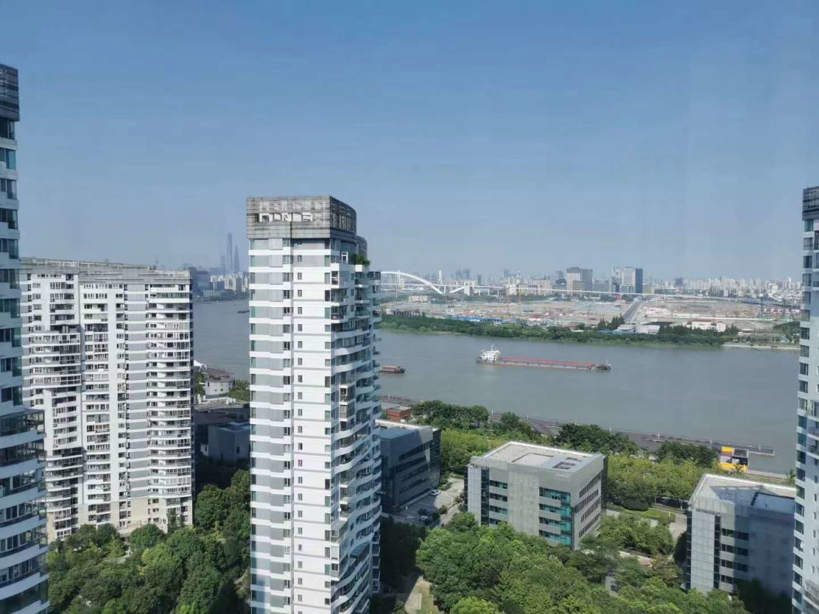 240sqm 4br Apartments,with lift,Longhua RD LINE12/11,